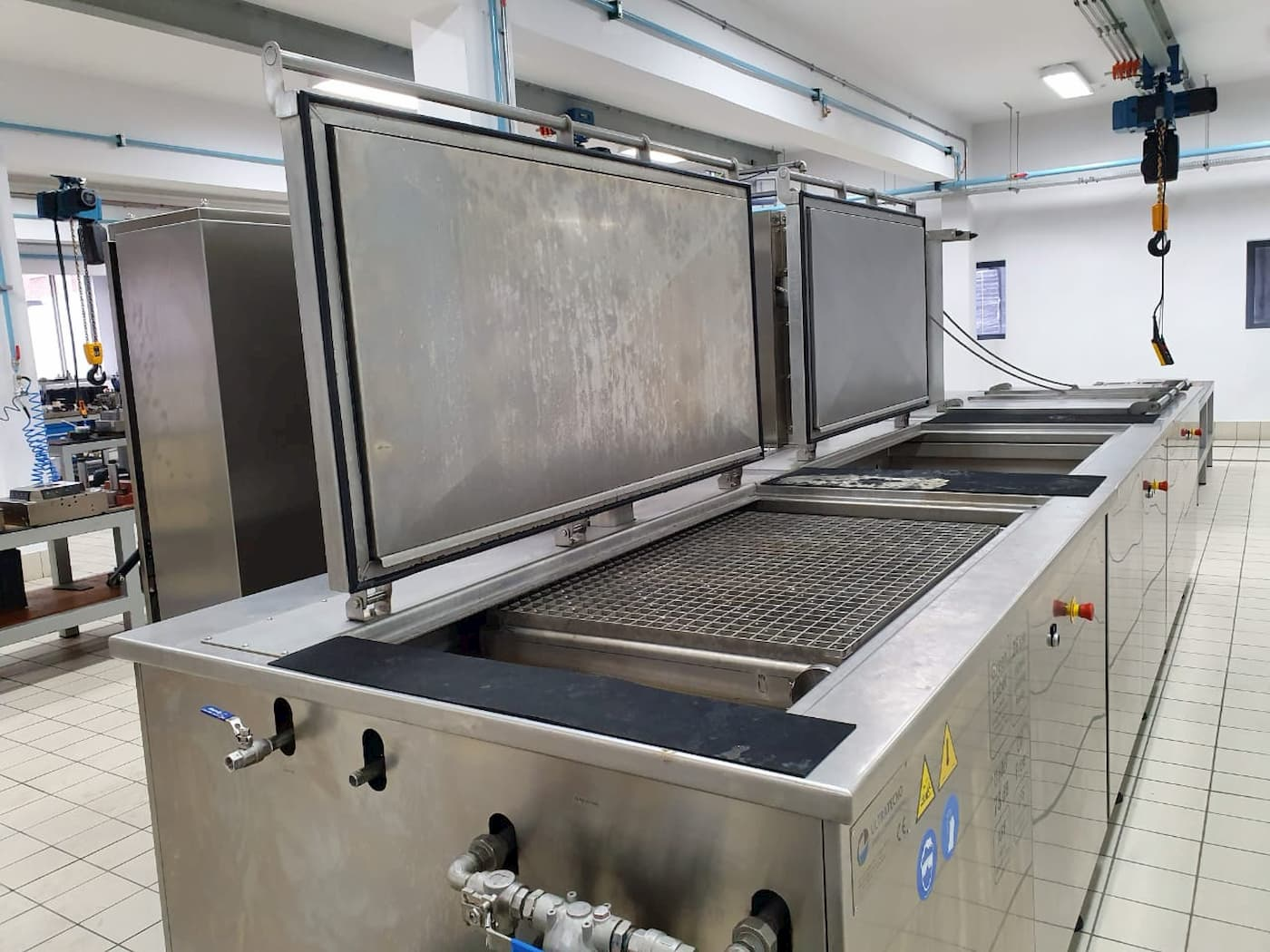 Multistage Ultrasonic Cleaning Systems